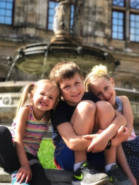 The three amigos in front of the Vienna Opera House (Wien Staatsoper) fountain